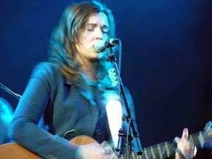 Brandi Carlile - Mountain Music Lounge 2007 (small)